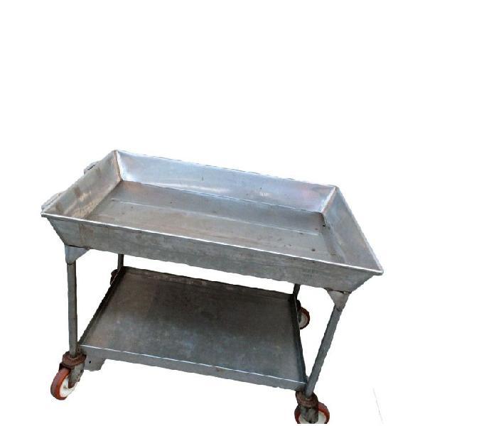 Carrello una vasca usato