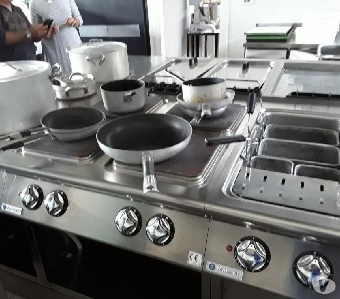 Cucina completa elettrica seminuova (vero affare!)