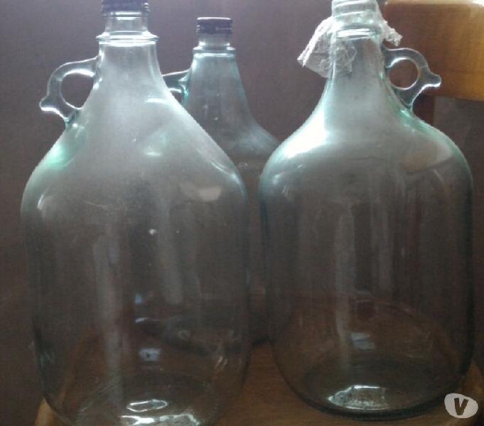 """Fiaschi tipo """"dama"""" in vetro, usati ma puliti"""