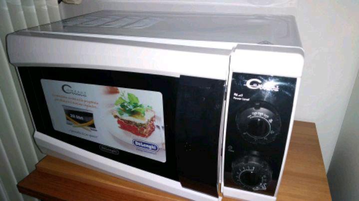 Forno microonde + grill delonghi