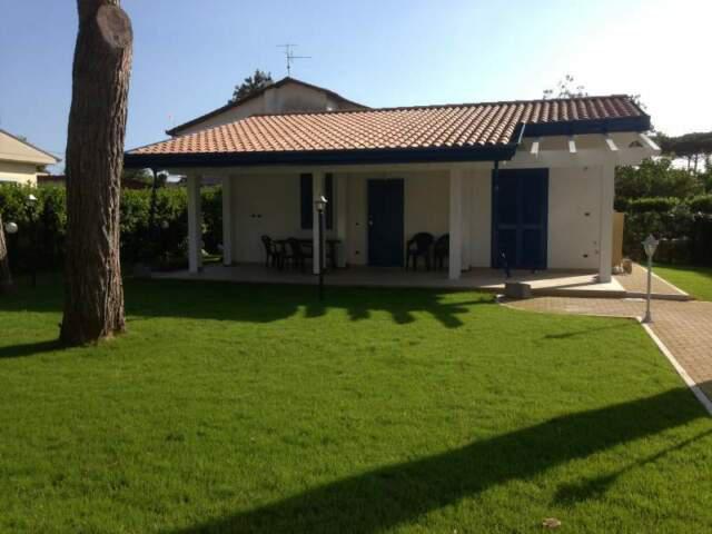 Villa a pochi metri dal mare residence riva dei gabbiani