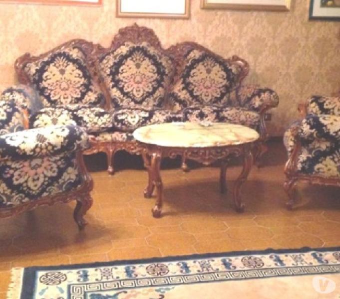 Salotto anni 70 divano poltrone tavolino