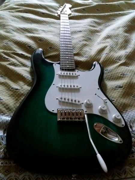 Chitarra elettrica e amplificatore