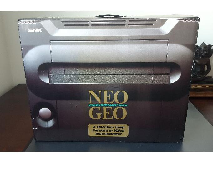 Neo geo aes boxato +2 giochi+2 joystick +memory card inbox !
