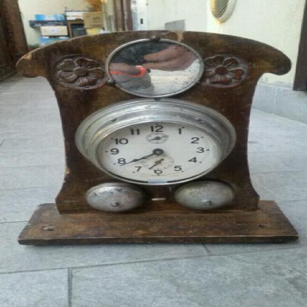Orologio antico del 900