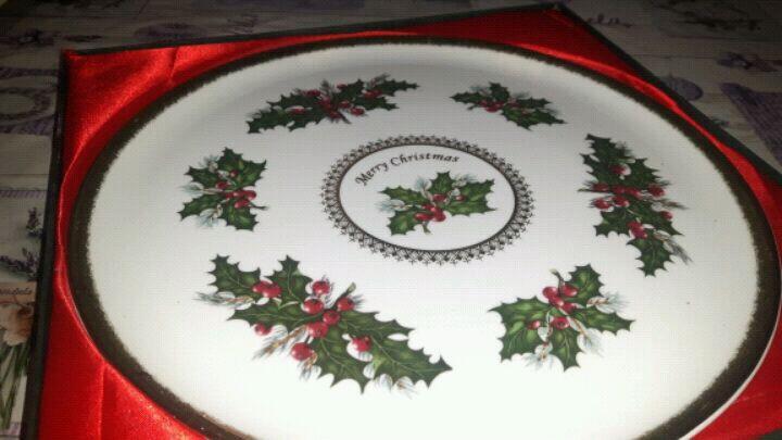 Piatto natalizio in ceramica.
