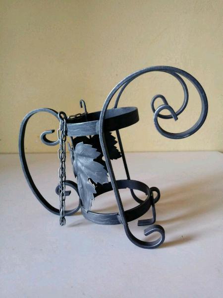 Portabottiglie in ferro battuto