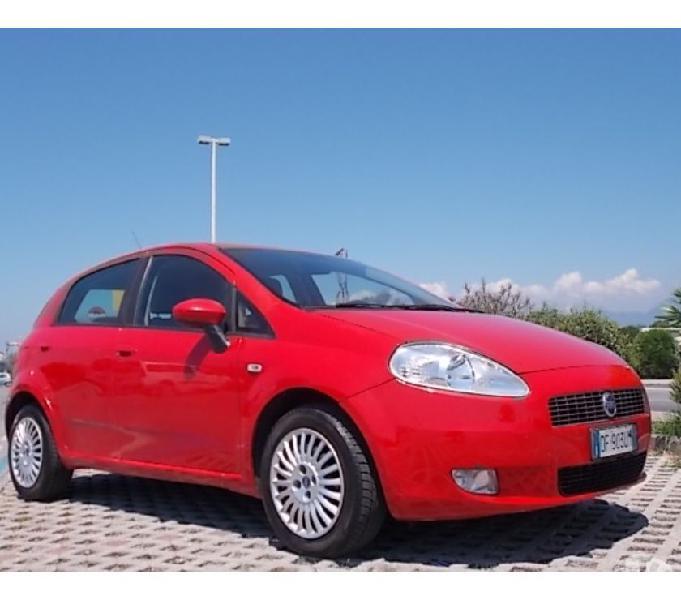 Fiat grande punto 1.2 5 p. (((59000 km))) accetto permute