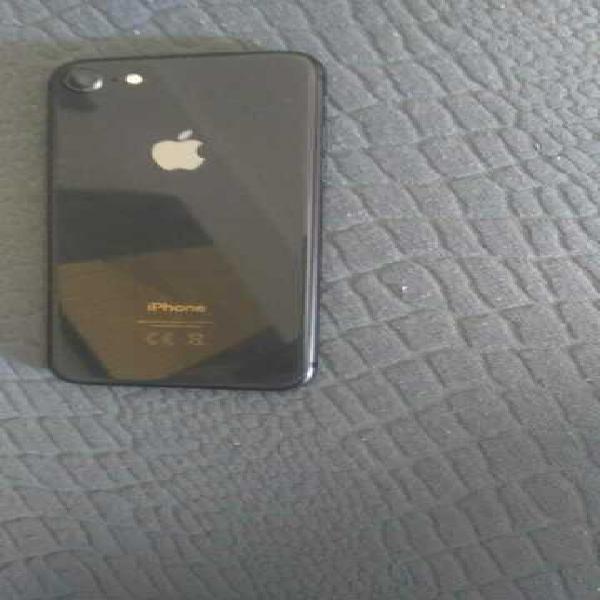 Iphone 8. 256gb di memoria