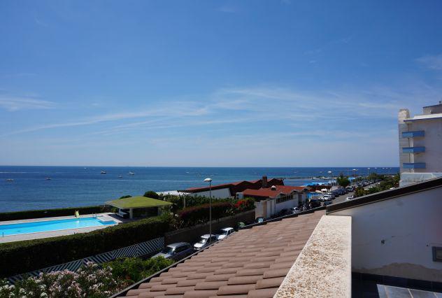 Splendida villa fronte mare a santa marinella