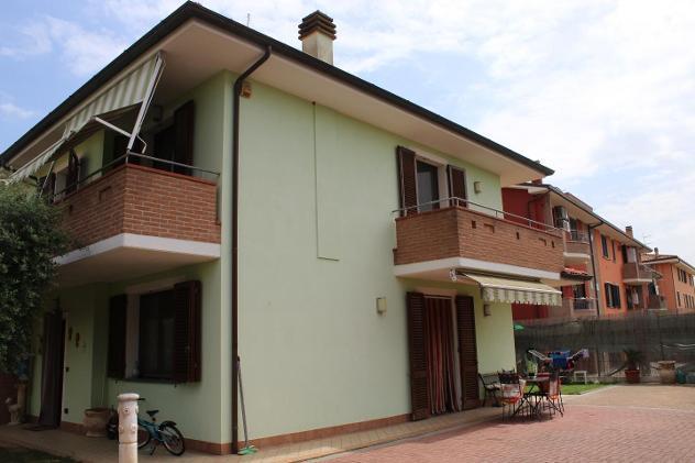 Villetta bifamiliare in vendita a altopascio 120 mq rif: