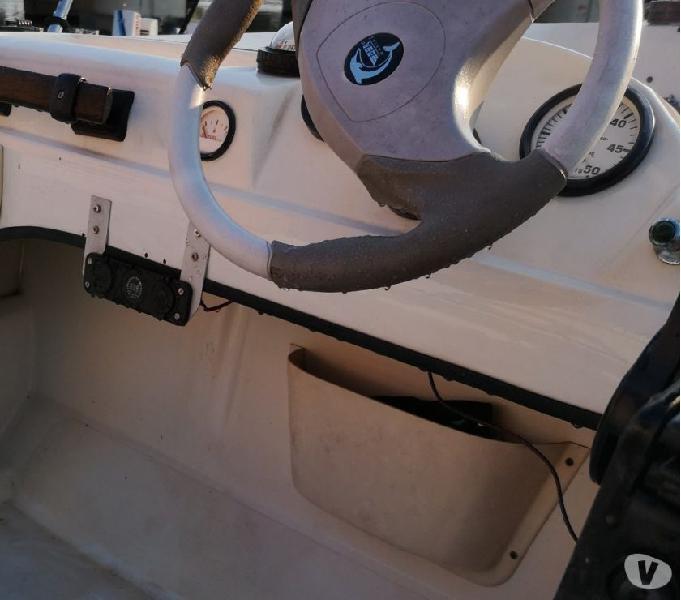 Barca motore dotazioni carrello posto barca