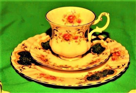 Servizio the' caffe 3 pezzi royal albert berkeley england