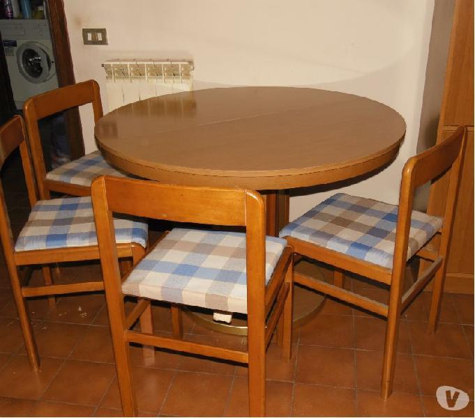 Tavolo rotondo cucina o sala + 4 sedie