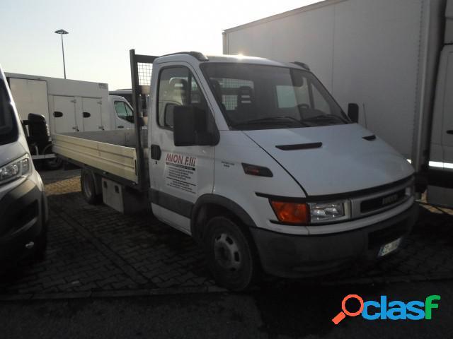 Iveco daily 35c12 cassone diesel in vendita a pradamano (udine)
