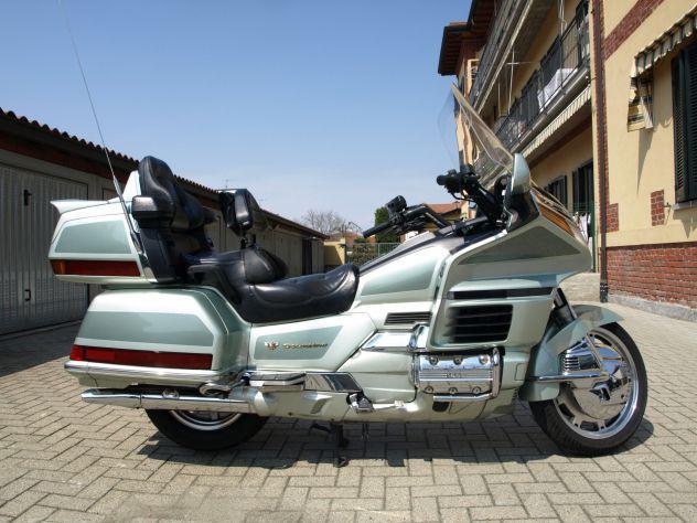 Honda gold wing gl 1500