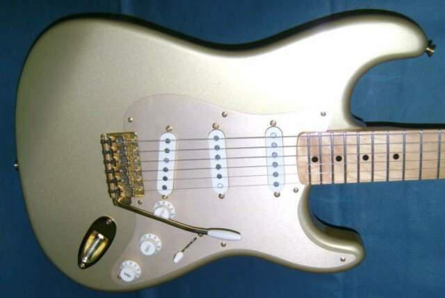 Fender stratocaster 50th anniversary aztec gold