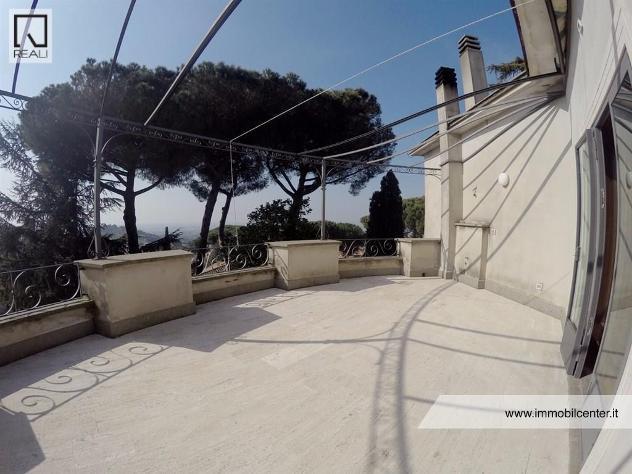 Olivella - immobile di prestigio, attico di 140 mq