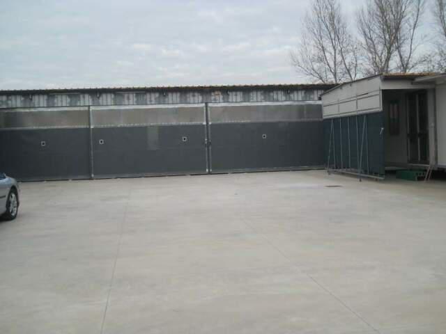 Piazzale con capannone uso deposito