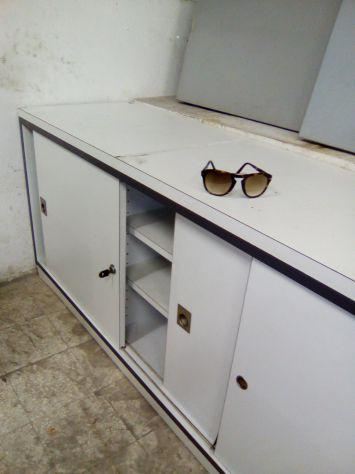 Mobili ufficio scrivanie sedie offertes dicembre clasf for Mobili ufficio milano