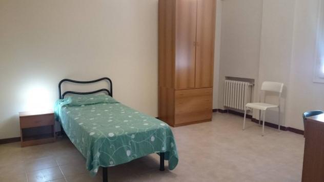 Affitto 2 camere singole in appartamento in viale timavo, a