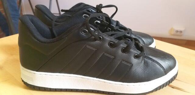 Due paia scarpe adidas nuove