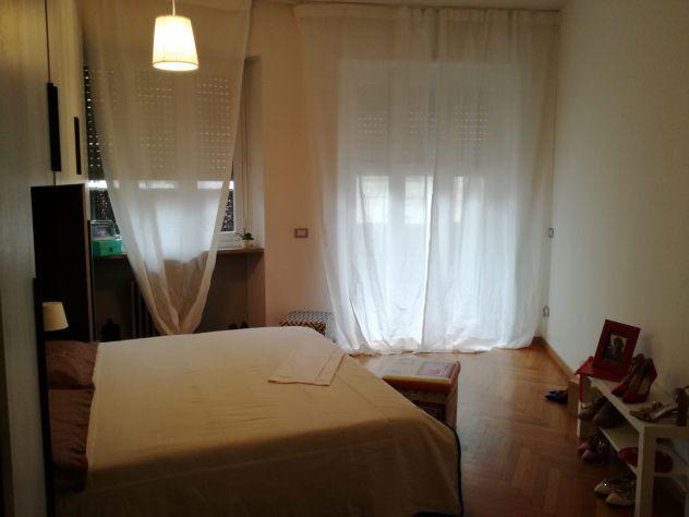 Camera matrimoniale uso singola con terrazzo loreto