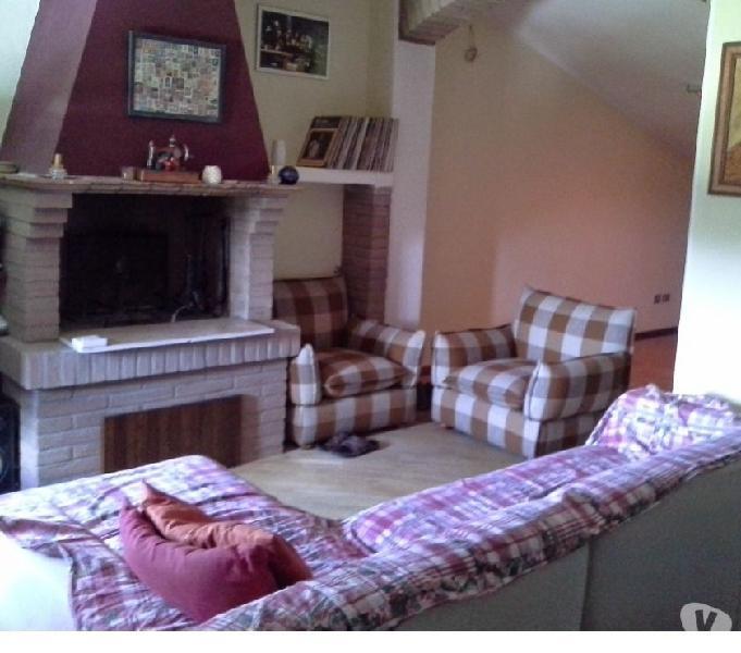 Appartamento 4 letto con mansarda e tre bagni