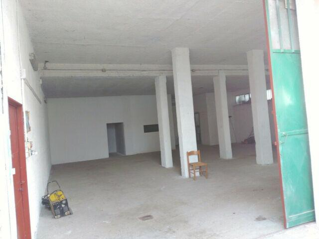 Garage ad uso commerciale
