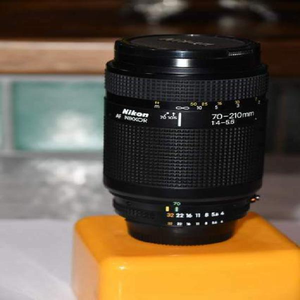 Obiettivo nikon af nikkor 70-210mm f4-f5.6