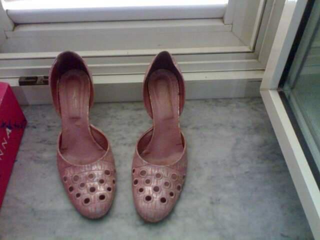 Scarpe con tacco rosa