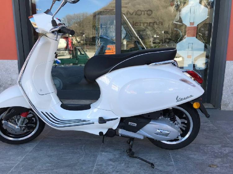 Vespa Sprint 125 ie 3V ABS (2018 - 19) nuova a Montella