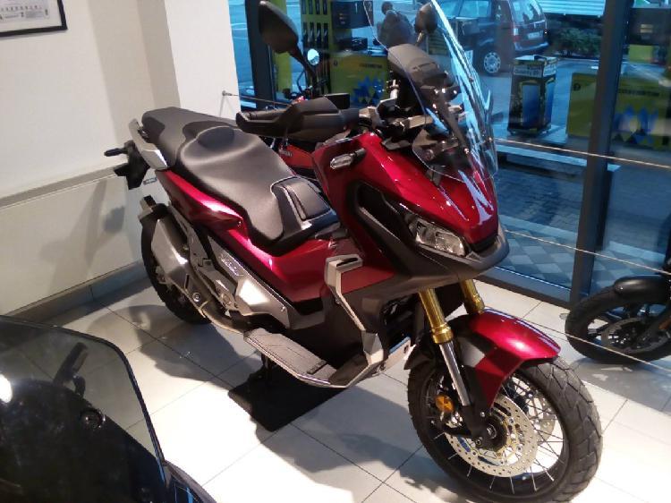 Honda X-ADV 750 (2018 - 19) nuova a Bagnolo Mella