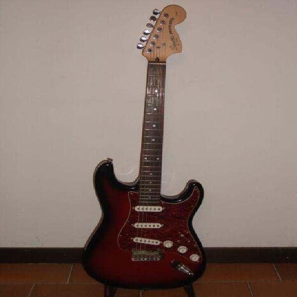 Chitarra elettrica fender squier stratocaster
