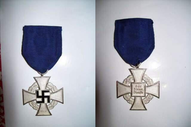 Distintivo medaglia croce tedesca nazi ww2 fedele servizio