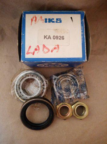 I punti di contatto per FORD Zodiac 206E Mk2 2553cc 1956-62 per sostituire LUCAS 420197