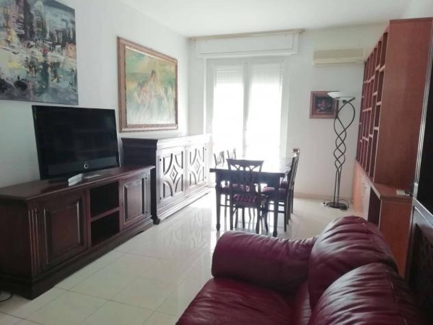 Appartamento di 110 m² con 3 locali in affitto a milano