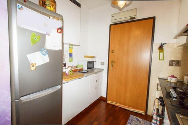 Appartamento di 60 m² con 2 locali e box auto in affitto a