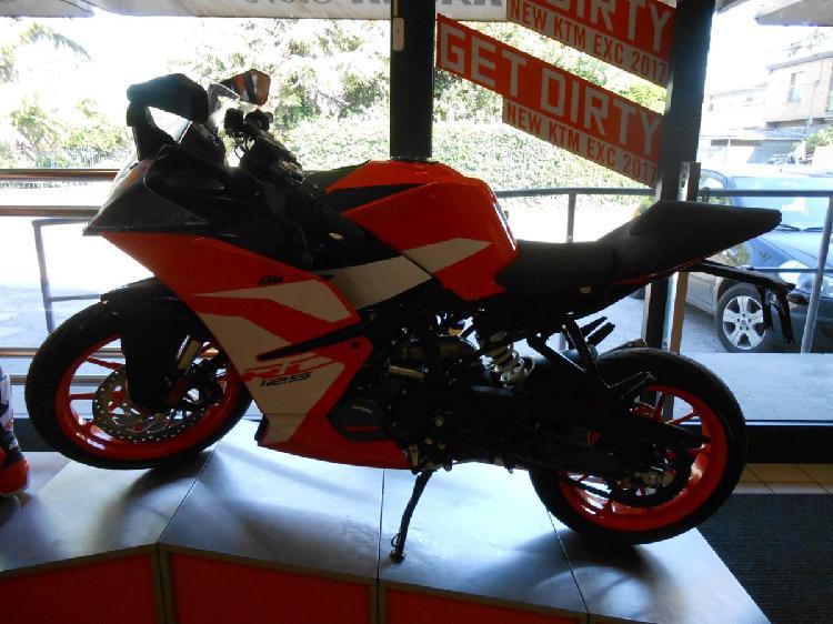 KTM RC 125 ABS (2017 - 19) nuova a Pesaro