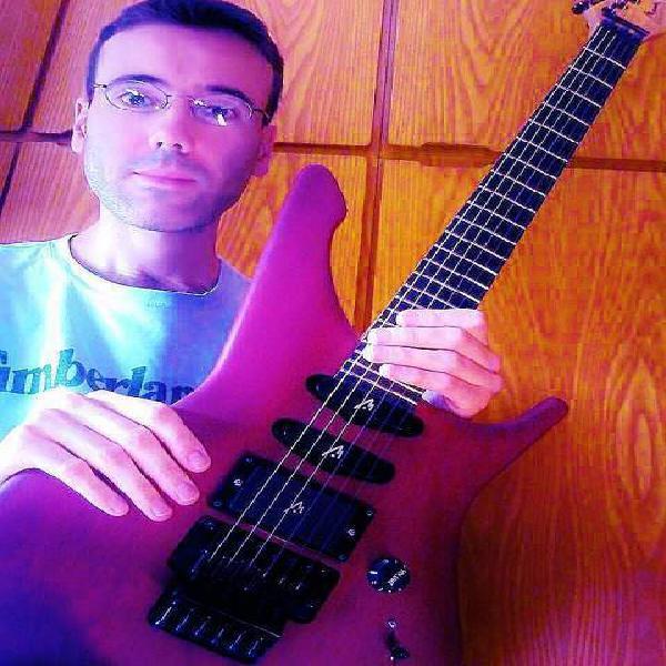 Lezioni di chitarra classica, acustica ed elettrica
