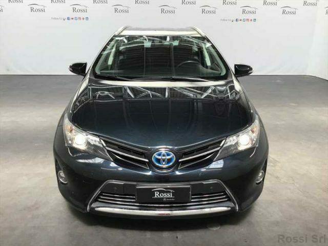Toyota auris 1.8 hybrid lounge 5p