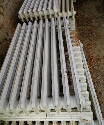 Vendo radiatori in ghisa