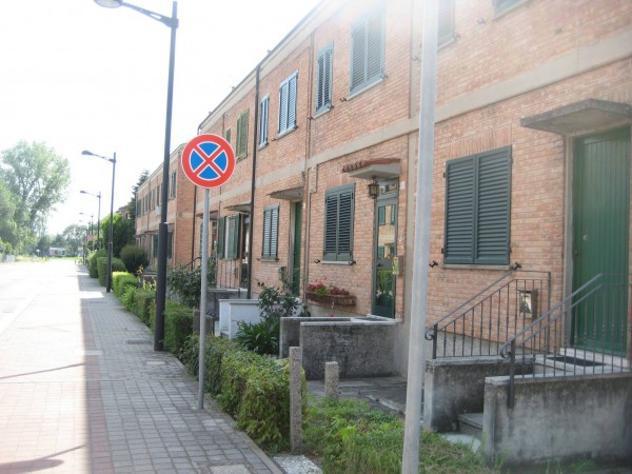 Villetta a schiera di 80 m² con 4 locali e box auto in
