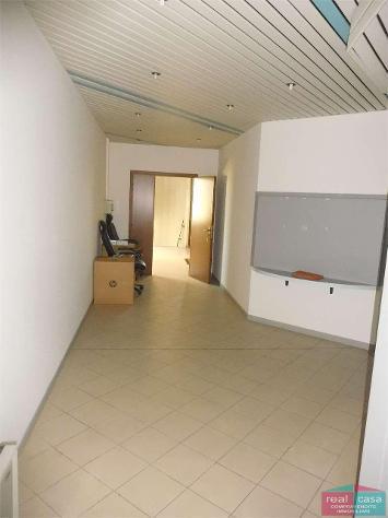 Ay248g08 - affitto ambulatorio/ufficio di pregio a formigine