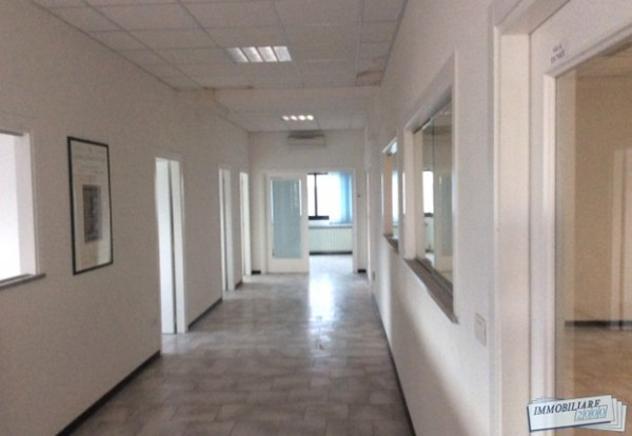 Immobile di 290 m² con più di 5 locali in vendita a castel