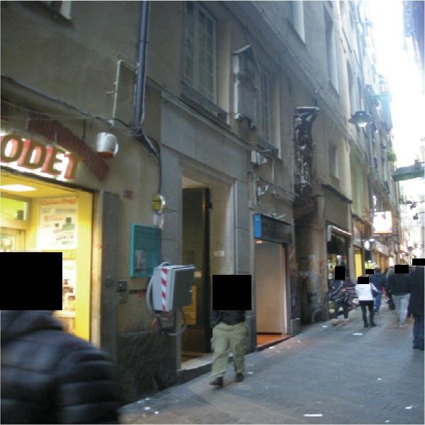 Capannone / Fondo - Magazzino a CENTRO, Genova