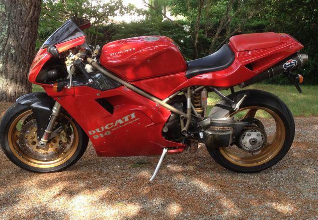 Ducati 916 biposto sbk 1995