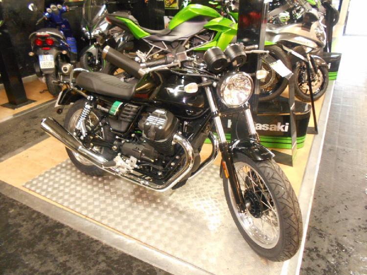 Moto Guzzi V7 III Special (2017 - 19) nuova a Torino