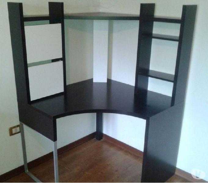 Scrivania Angolare Ikea Offertes Aprile Clasf