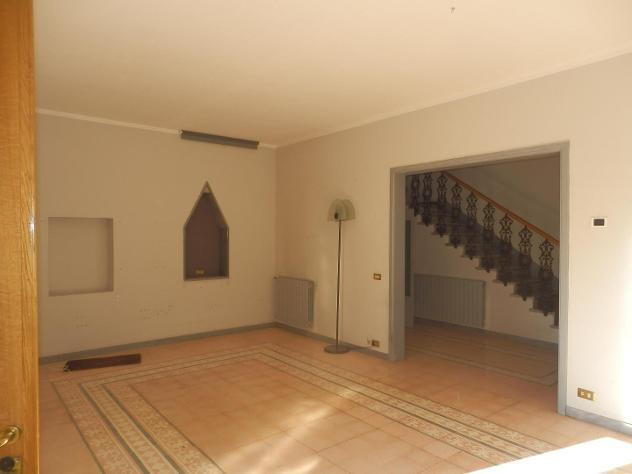 Villetta a schiera in vendita a Viareggio 240 mq Rif: 821740